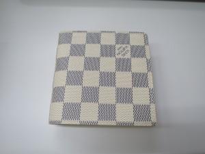 ヴィトンアズール財布