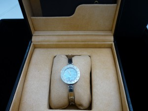 ブルガリ時計D付 箱付